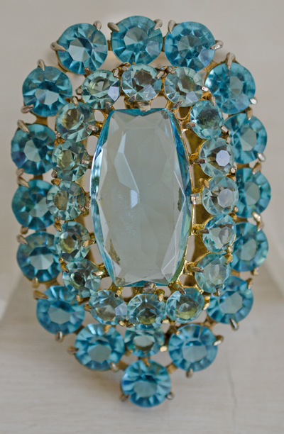 Massive Aqua Marine Faceted Glass Gold Tone Vintage Dress Clip