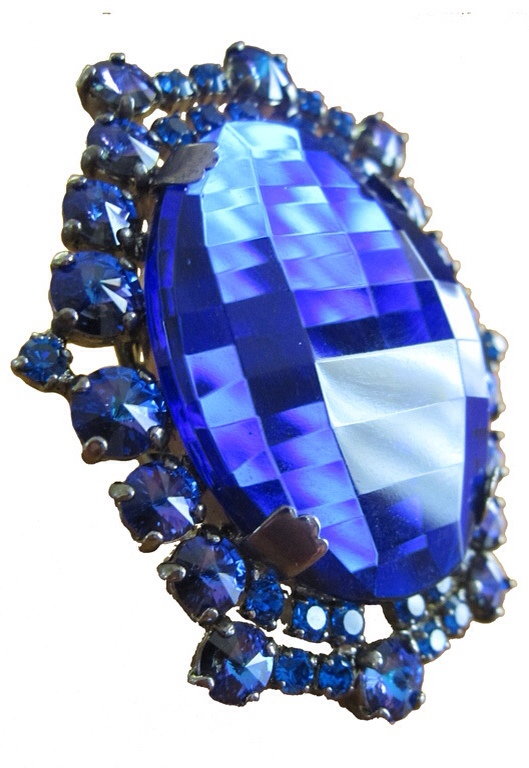 Gobsmacking Sapphire Cocktail Ring, by Christian Dior | Haute Tramp | Living the Jeweled Life