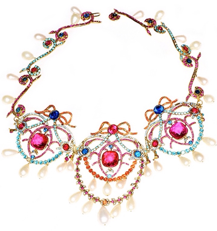 {Vintage Costume Jewelry Love} Vintage Chanel Haute Couture Necklace, Haute Tramp